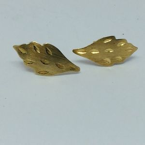 Vintage Solid 14K Yellow Gold Leaf Earrings